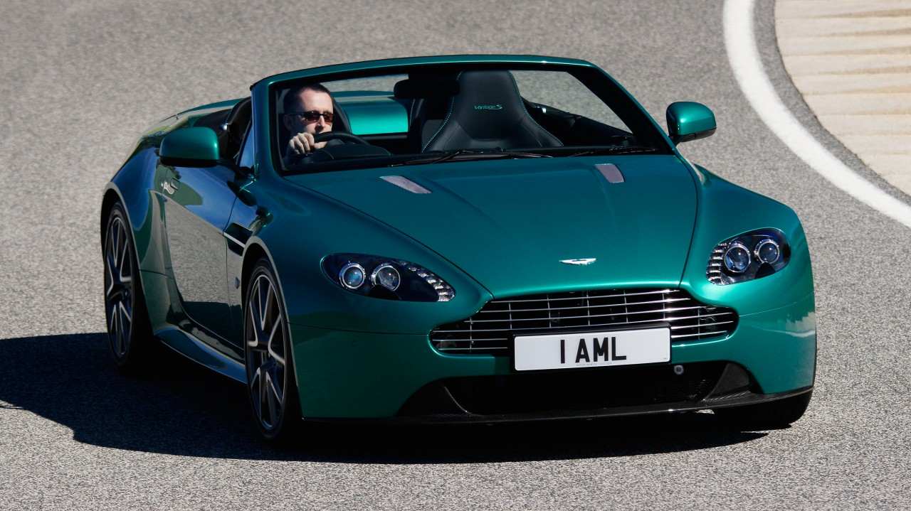 Aston Martin V8 Vantage S in Green