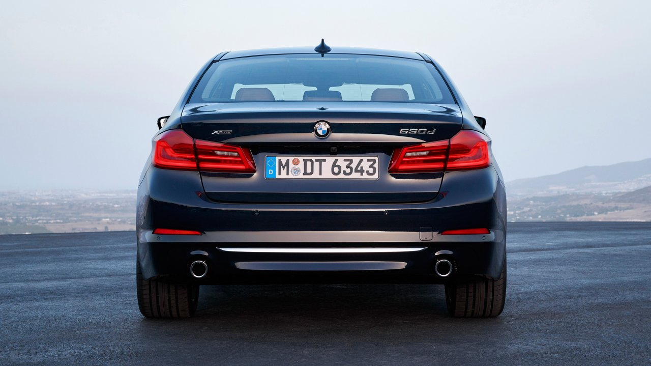 BMW 530d xDrive Luxury Line (2017)